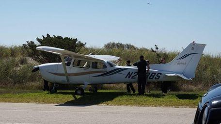 A small plane made an apparent emergency landing