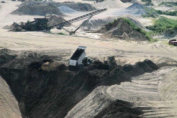 A sand pit in operation at Bridgehampton. Neighbors