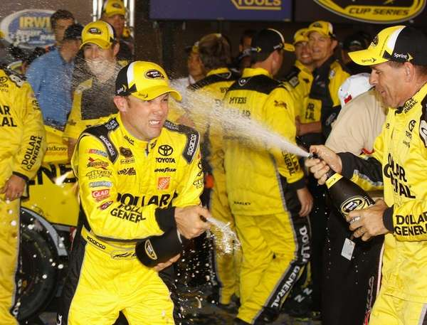 Matt Kenseth, driver of the #20 Dollar General
