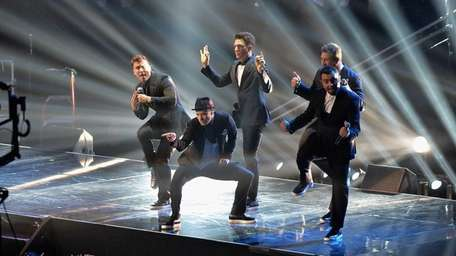 *NSYNC performs during the 2013 MTV Video Music