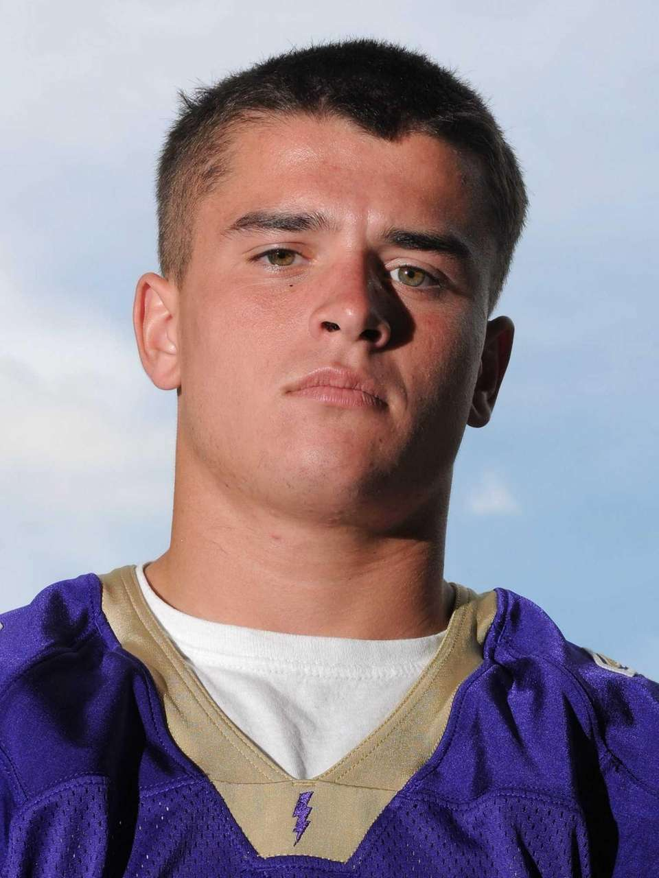 MATT SELTS Sayville A shifty back who explodes