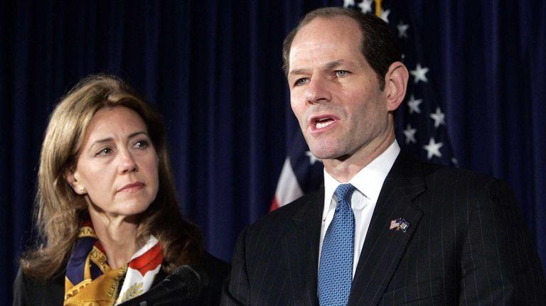 Former New York Gov. Elliot Spitzer announces his