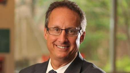 Dr. David Siskind has been appointed voluntary clinical