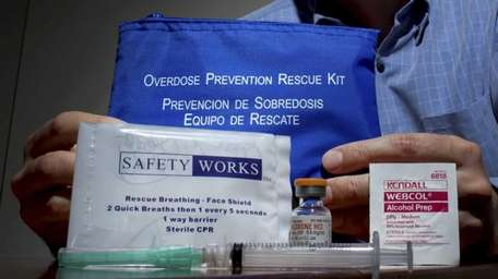 A drug antidote kit containing Narcan at the