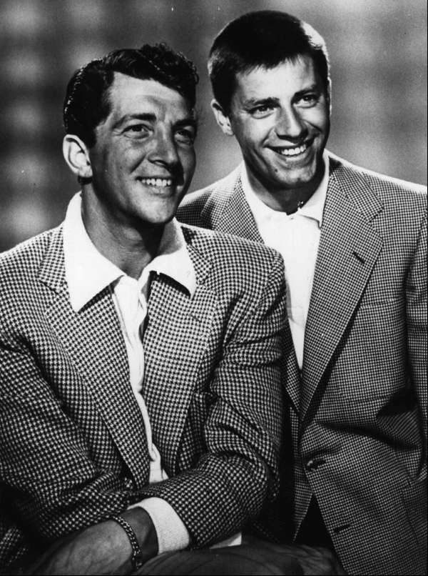 Dean Martin, left, and Jerry Lewis during for