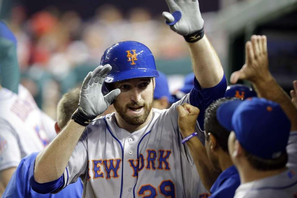 Mets' Ike Davis celebrates his two-run home run