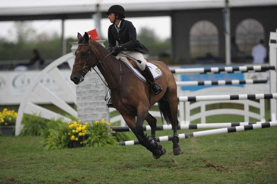 Maria Costa clears hurdles at the 38th Hampton