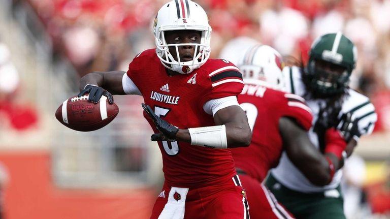 Teddy Bridgewater #5 of the Louisville Cardinals looks