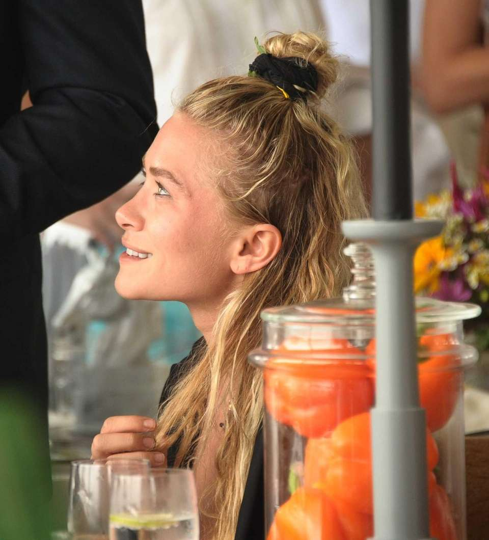 Mary Kate Olsen at the 38th Annual Hampton