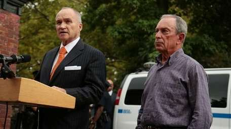 Ray Kelly and Michael Bloomberg (Edward Reed/Mayor's Office)