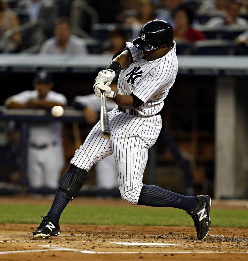 Curtis Granderson hits a two-out double in the