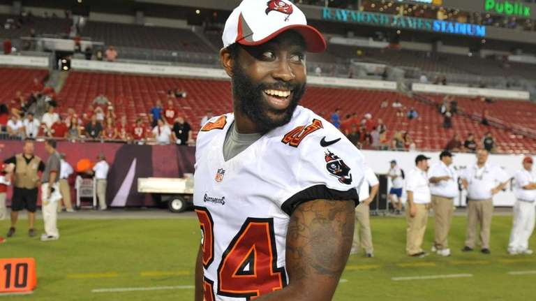 Cornerback Darrelle Revis of the Tampa Bay Buccaneers
