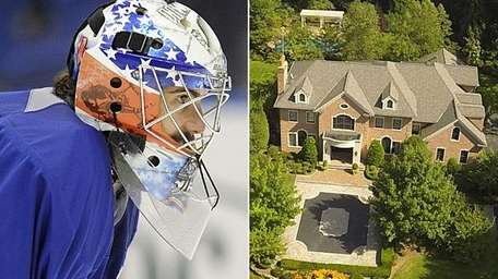 Former Islanders goalie Rick DiPietro is selling his