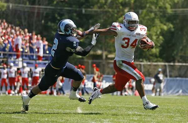 Stony Brook Seawolves running back Marcus Coker (34)