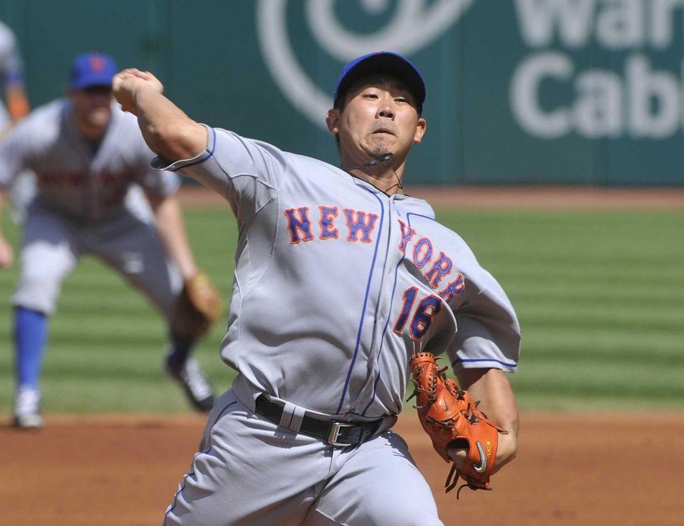 Daisuke Matsuzaka delivers a pitch to a Cleveland