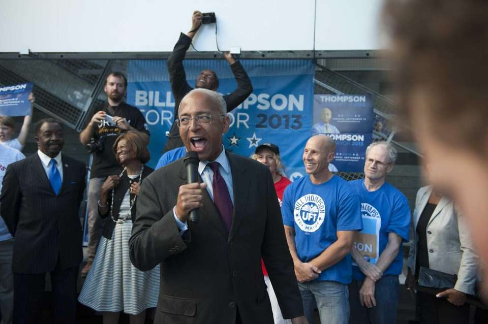 Democratic mayoral candidate Bill Thompson speaks during a