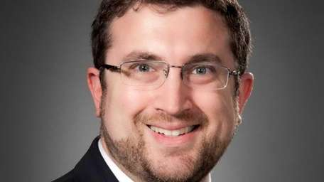 Steven Hirsch has joined Cohen Greve & Co.,