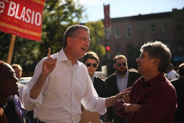 Mayoral candidate Bill de Blasio campaigns in Brooklyn
