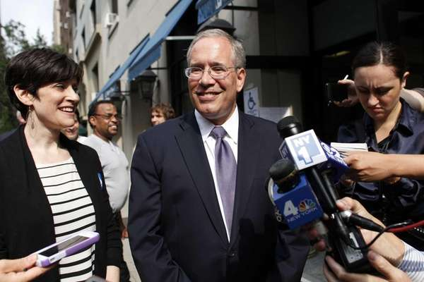 Manhattan Borough President Scott Stringer is joined by