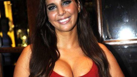 Anthony Weiner's former sexting partner, Sydney Leathers, arrives