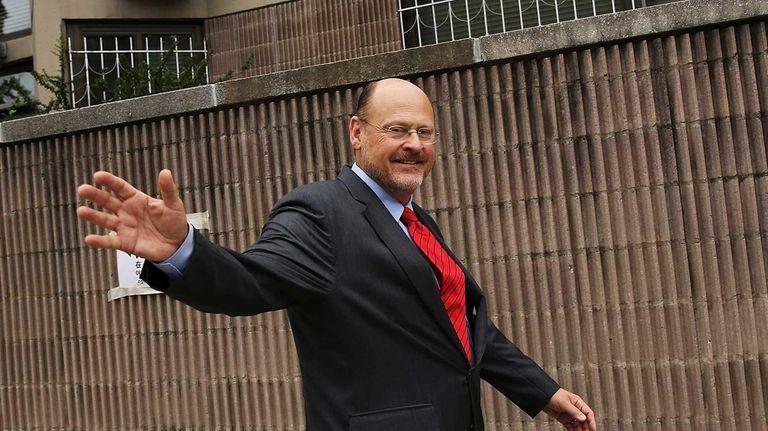 Republican mayoral candidate Joe Lhota, former CEO of
