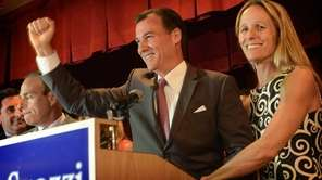 Democratic nominatiee for Nassau county executive Thomas Suozzi