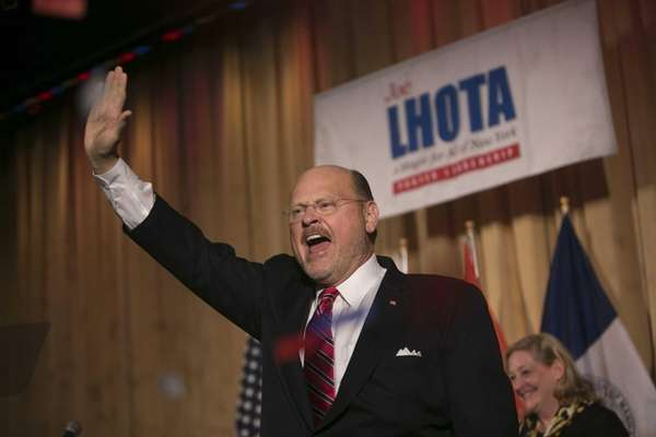 Republican mayoral candidate Joe Lhota declares victory in