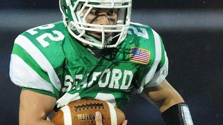 Seaford High School running back No. 22 Justin