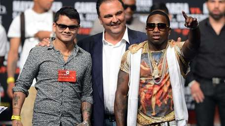 From left, boxer Marcos Maidana, Golden Boy Promotions