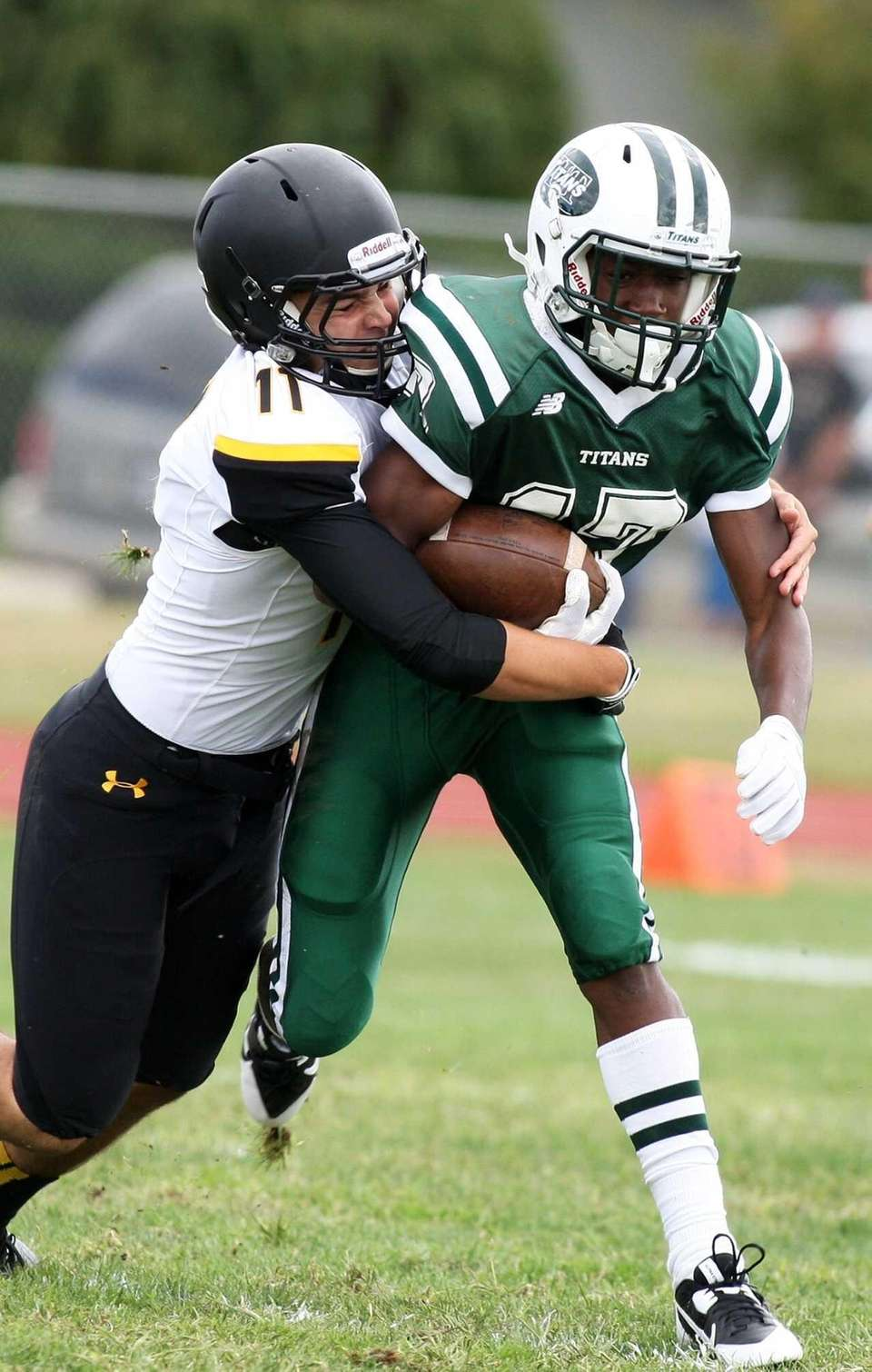Holy Trinity wide receiver Kristian Green No. 17,