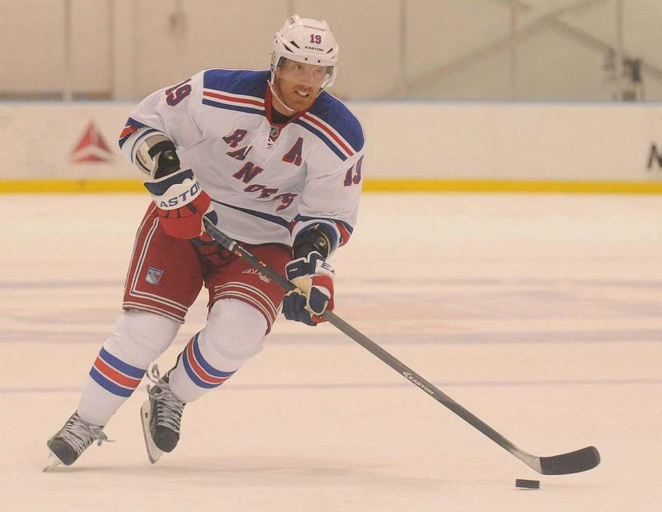 Rangers No. 19 Brad Richards skates down ice