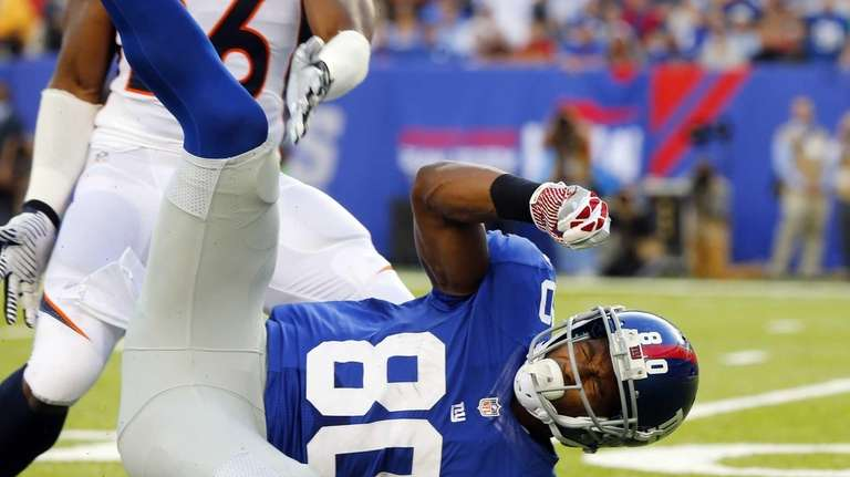 Victor Cruz can't come up with a reception