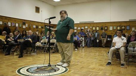 Michael Sgroi, PTSA liason, speaks during a Brentwood