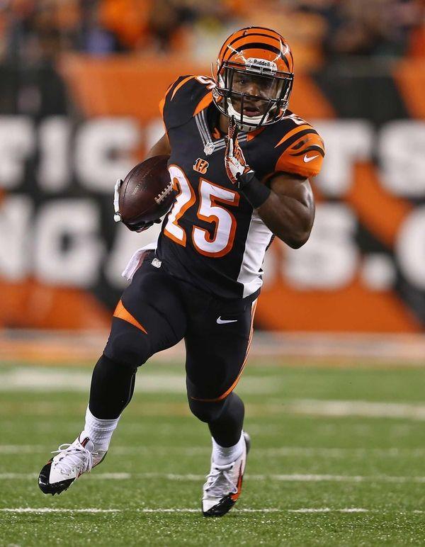 Giovani Bernard of the Cincinnati Bengals runs with