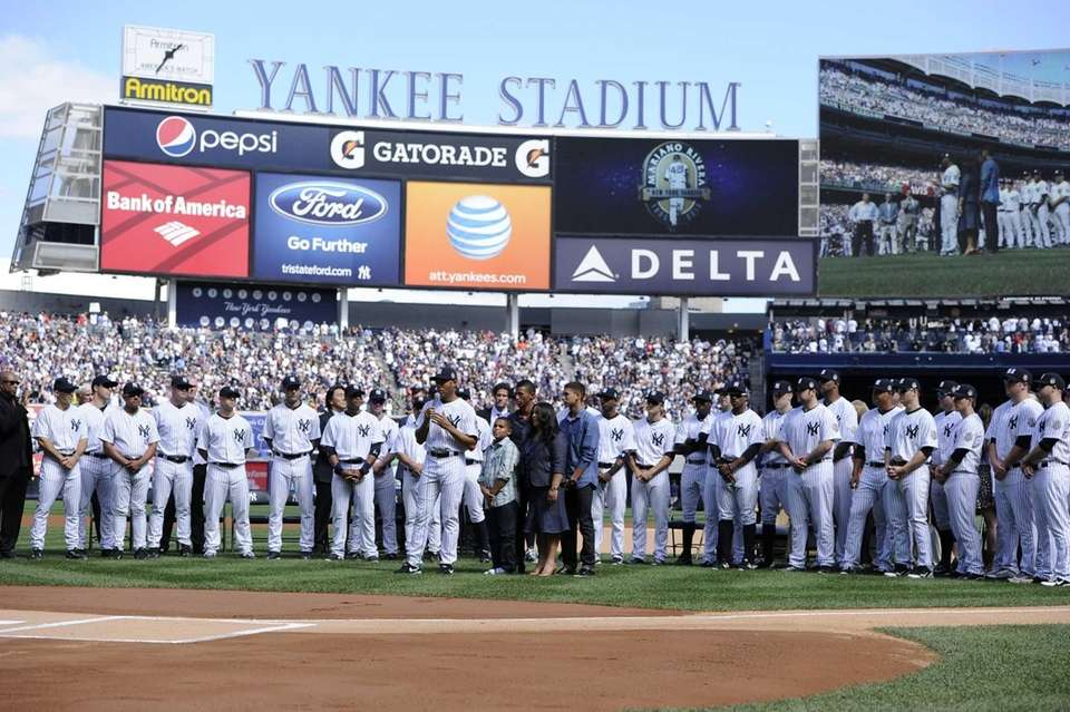 Yankees pitcher Mariano Rivera speaks during his retirement