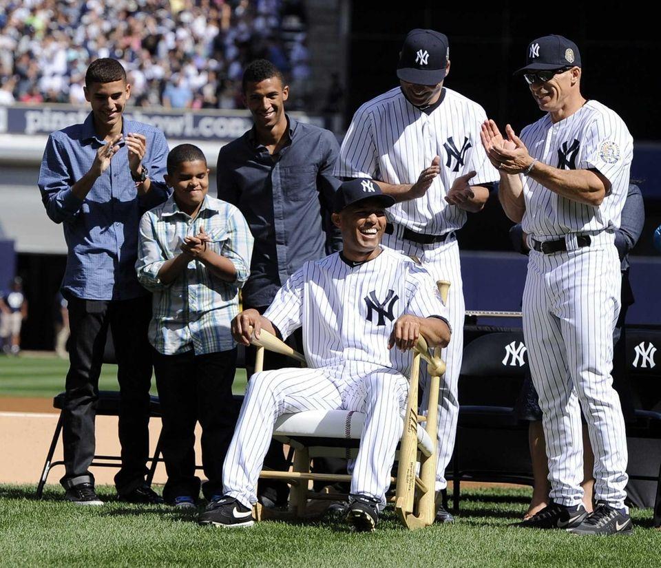 YANKEES New York Yankees manager Joe Girardi and