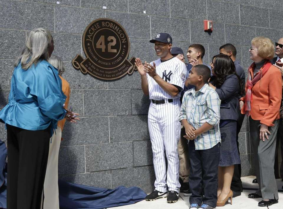 Yankees closer Mariano Rivera, along with his family,