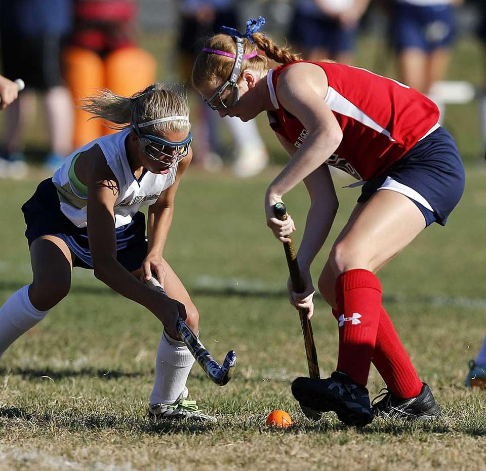 Milller Place's Maggie Revera (6) and Bayport's Brianna