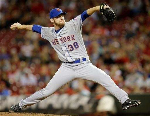 Mets relief pitcher Vic Black throws against the
