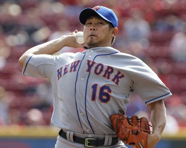Mets starting pitcher Daisuke Matsuzaka throws against the