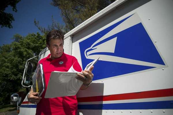 Postal Service retiree Bowe now lobbies for passage
