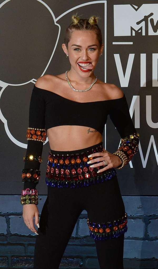 Miley Cyrus arrives at the MTV Video Music