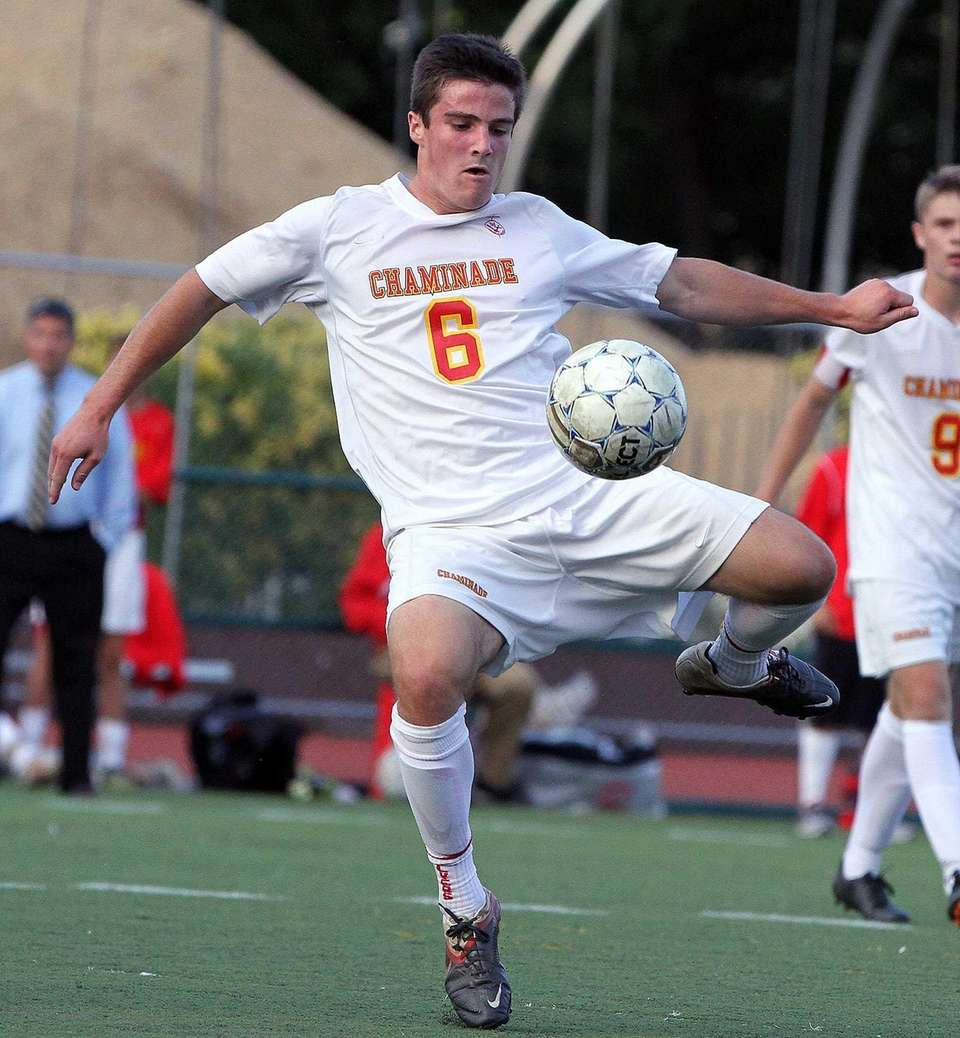 Chaminade's Carney Mahon sets for a shot on