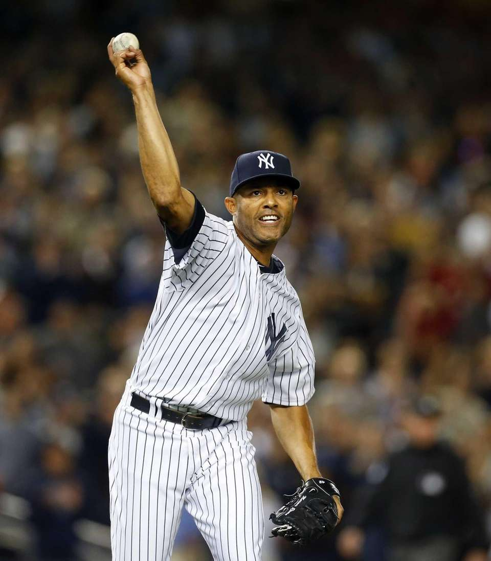 Mariano Rivera of the Yankees throws for the