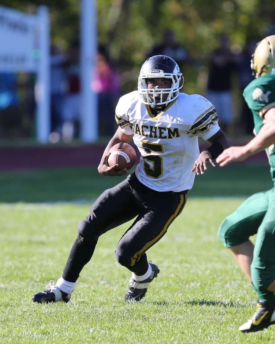 Sachem North's Malik Pierre runs for a touchdown