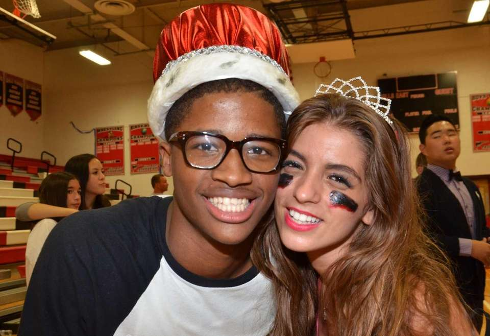 Seniors Matthew Boyd, 17, and Lisa Diasparra, 17,