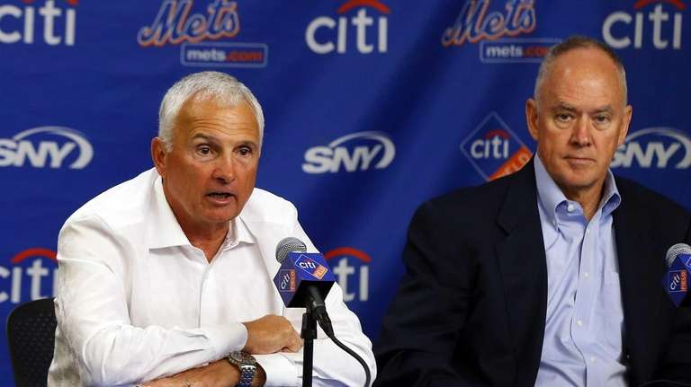 Terry Collins speaks during a press conference announcing