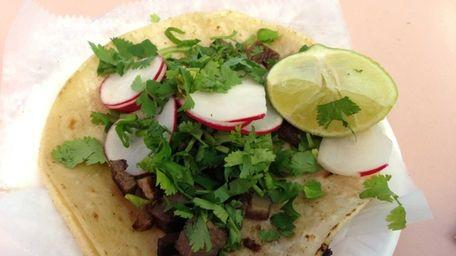 Tacos de lengua (tongue tacos) at the recently