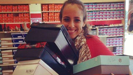 Newsday's Nina Ruggiero participates in Famous Footwear's Shoe