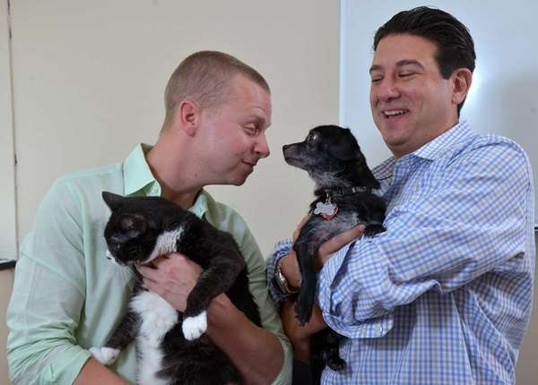 FamilyPet founders Jared Katz, left, and Andrew Pollack